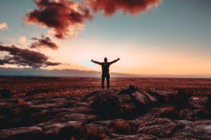 [Podcast] : 5 pensées qui t'empêchent de réussir