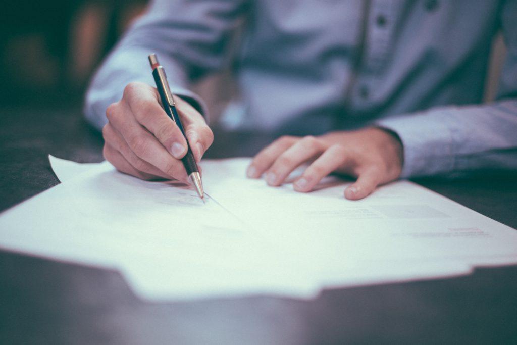 signature contrat entreprise