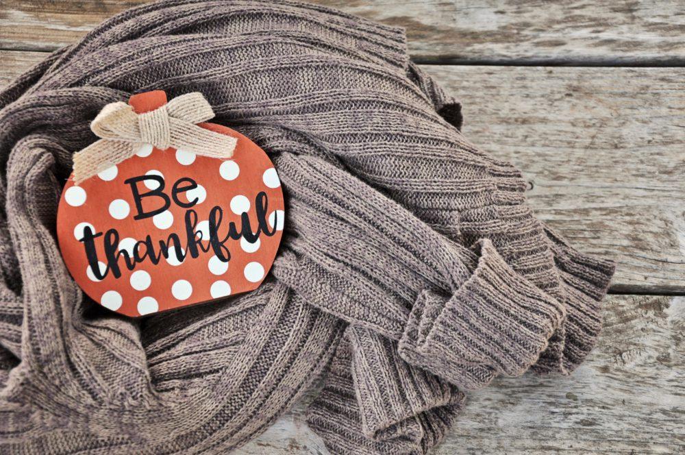 You are currently viewing Gratitude et bien-être au travail : Comment se servir de la gratitude pour être Bien dans ta Boite ?