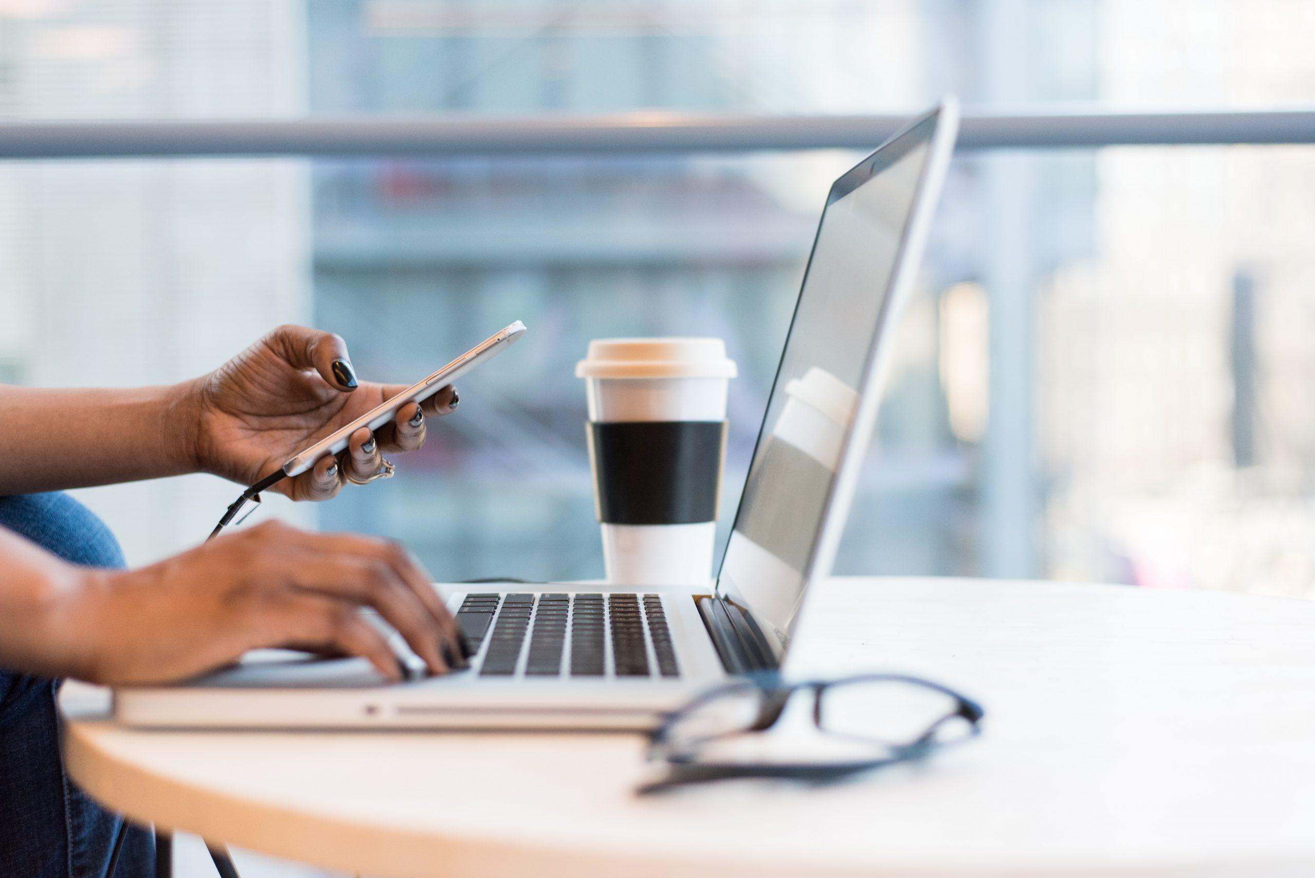 [Podcast] : Confessions d'une (ex) accro au travail